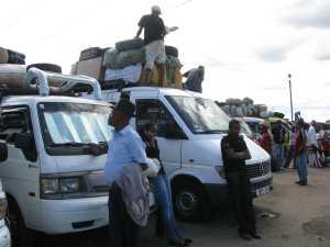 Taxi Brousse Bus in Madagaskar Antananarivo