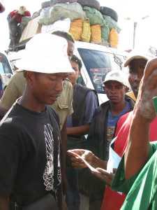 Taxi Brousse Fahrer Madagaskar