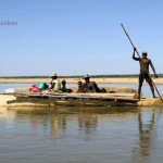 Madagaskar Westen Piroge Mangoky Fluss PRIORI Reisen