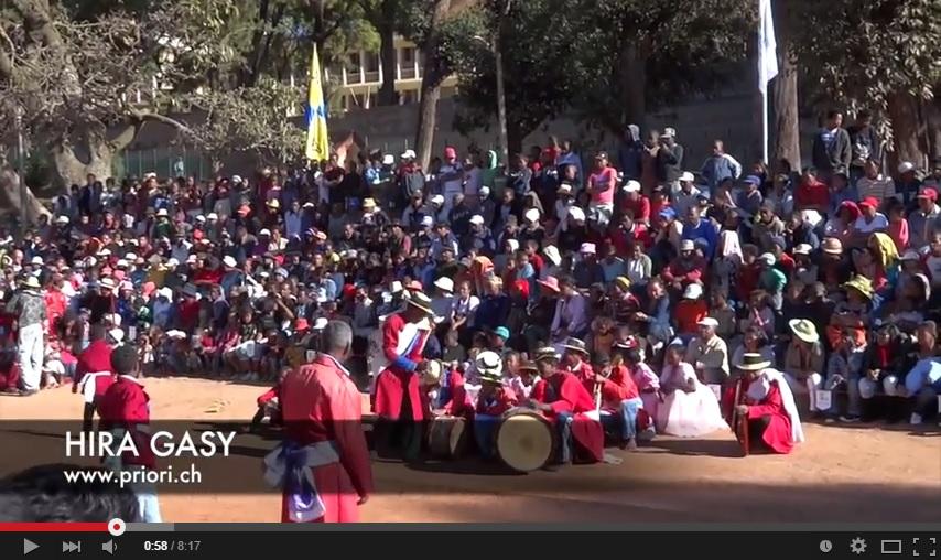Madagaskar Theater Hira Gasy Kultur Gesang PRIORI Reisen Musik Schauspiel