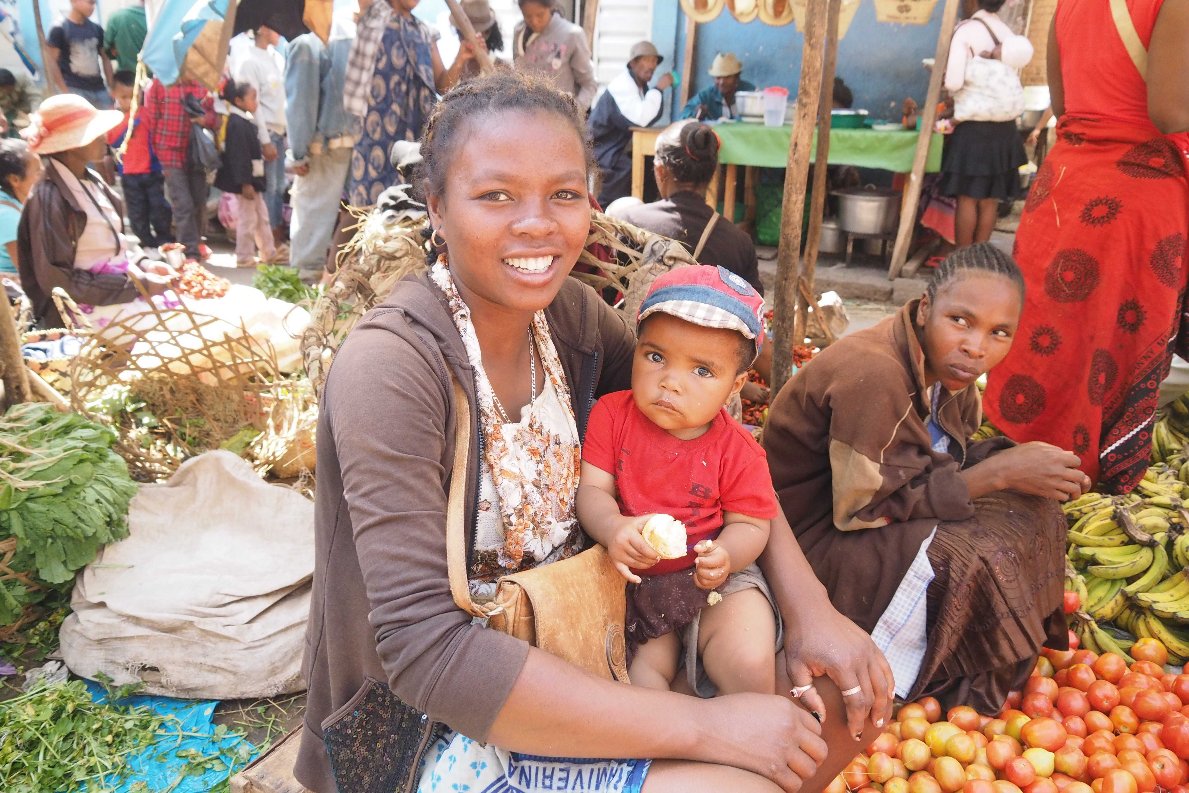 Zoma in Madagaskar: der grosse Markt am Freitag