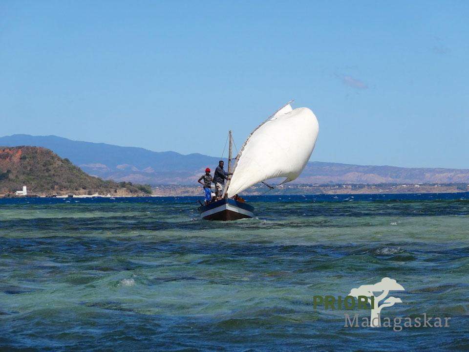 Madagaskar vom Wasser erleben – unterwegs mit Schiff, Piroge und Segelboot
