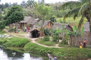 Madagaskar_Pangalanes_Brickaville_Dorf.PRIORI-Reisen