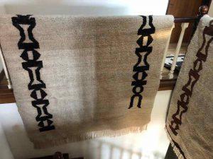 Angorateppich aus Ampanihy