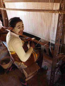 Teppichproduktion in Ampanihy