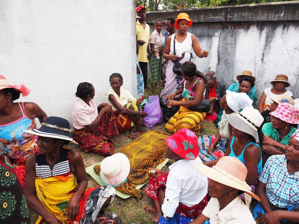 Parat für die neue Reise, Famadihana Madagaskar