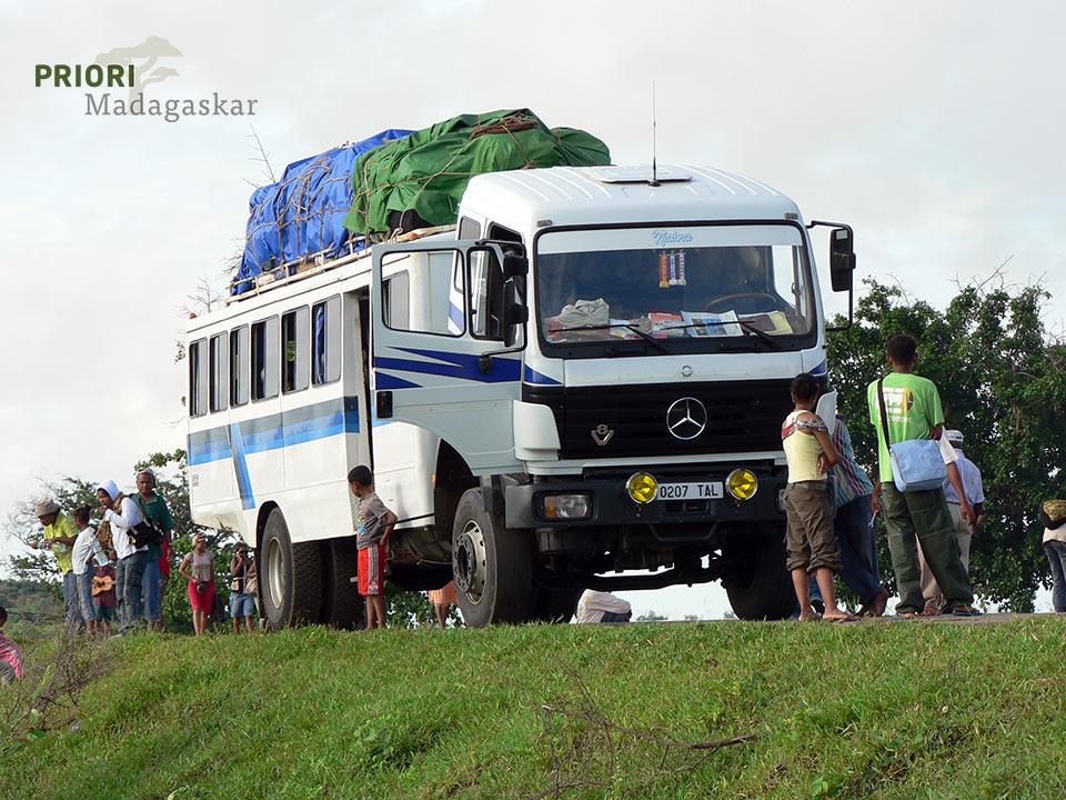 Taxi Brousse - das öffentliche Verkehrsmittel